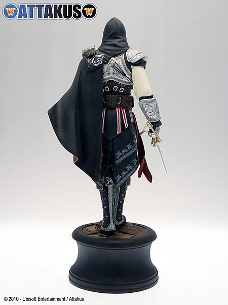 Assassin's Creed (Multi) 2007 Statue-Attakus-EzioMaster-02