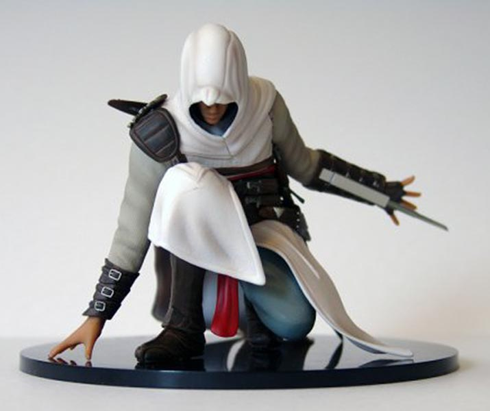 Assassin's Creed (Multi) 2007 Statue-UbiArts-AltairCrouching-02