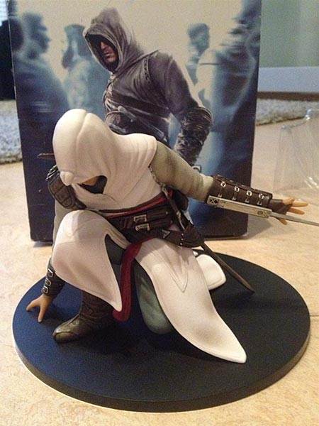 Assassin's Creed (Multi) 2007 Statue-UbiArts-AltairCrouching